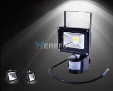 30W 50W LED PIR  Motion Sensor Outdoor Lamp 110-220V Floodlight Cool/Warm White