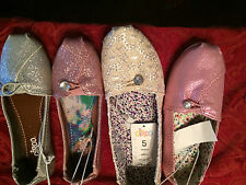 Circo Slip On Flats Girls NWT $14.99