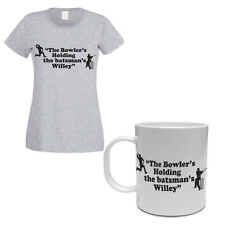 THE BOWLER IS HOLDING THE BATMAN'S WILLEY - Funny Women's T-shirt & Mug Set