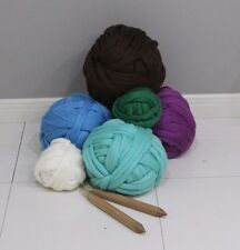 Chunky Wool Yarn. Super Bulky Knitting. 100% wool. Arm Chunky Knitting. Roving