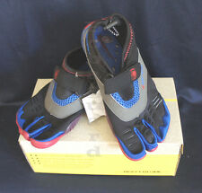 BODY GLOVE BOYS 3T BAREFOOT MAX Kids WATER SHOES THREE-TOE Blue/Red Sz 2/3/4/5/6