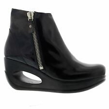 Fly London Hulk 795 Patent Wedge Black Patent Womens Boots