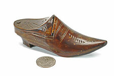 Hand Carved Shoe Snuff Box, Dated 1916, from Antwerp, Belgium.