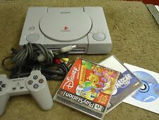 SONY PLAYSTATION ONE SYSTEM -CLEAN W 3 GAMES