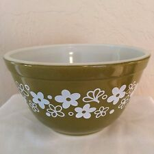 Vintage Pyrex Spring Blossom Crazy Daisy 401 Mixing Bowl Green