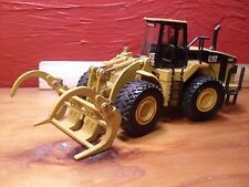 Vintage Diecast Caterpillar CAT 980G Wheel Loader Claw by Norscot