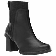 El Naturalista N5142 Nectar Black Womens Leather Ankle Chelsea Boots