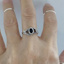 Sterling Silver Black Onyx Ring with Leaves