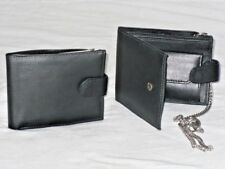 Leather Wallet With Chain In Black With 4 Card Slits.