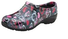 Anywear Hearts Gone Wild Slip Resistant Nurse Medical Clog Shoes Sz 5-11 NIB