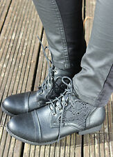 BNIB LADIES WOMENS NET CROCHET MILITARY LACE UP FLAT ANKLE  WINTER BOOTS SIZE
