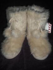 WOMENS SLIPPERS SLIPPER BOOTS  M L XL FAUX FUR  IVORY WHITE YETI  WOW CUTE!! NWT