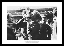 England 1966 World Cup Final Bobby Moore with Trophy Photo Memorabilia (477)