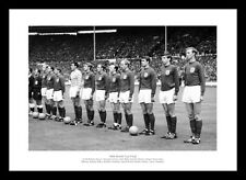 England 1966 World Cup Final Team Line Up Before Match Photo Memorabilia (614)