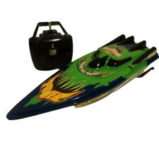 Rechargeable Racing Speed Boat Radio Remote Control Boat ( Batteries Included )