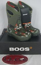 BOGS Kids Classic Woodland Winter Boot -30 Waterproof 71853 Rubber Animals Green