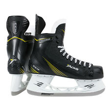 NEW CCM TACKS 2052 ICE HOCKEY  SKATES SIZE  JUNIOR