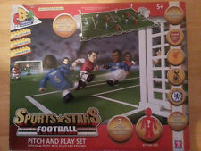 NEW CHARACTER BUILDING SPORT STARS PITCH AND PLAY SET FOOTBALL ARSENAL