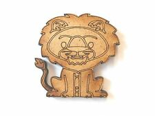 10x WOODEN LION SHAPES gift tag craft card make scrapbook embellishment art wood