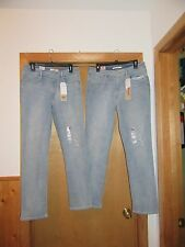 Light Blue Jean Pants Levi's size 32/32 and 31/32 Mid Rise Skinny NWT
