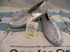 New Womens TOMS Classic Glitter Silver Casual Slip On Shoes