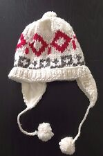100% Wool Hats. Unisex, beautiful and stylish. Handmade in the Andes.