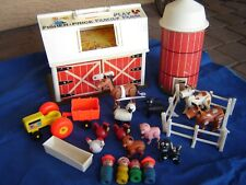 1968 Vintage 915 Fisher Price Play Family Little People Farm w wood people Silo