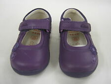 """CHILDRENS CLARKS PURPLE FIRST SHOES WITH VELCRO FASTENING """"SOFTLY SUE FST"""""""