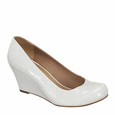 Yab Mid Heel Round Toe Wedge Pumps-White