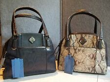 NWT  $99. MSRP Womens Simply Vera by Vera Wang Triple Entry Satchel / Purse