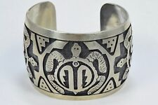Unsigned Navajo Stamped .925 Sterling Silver Turtle Cuff Bracelet United States