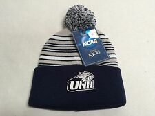 NCAA UNH Wildcats official licensed product Knit Pom Hat Youth New With Tags Boy