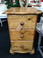 STUNNING SOLID PINE 3 DRAWER BEDSIDE CABINET CHEST ANNIE SLOAN SHABBY CHIC (466)