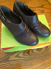 "New Women's Wear Ever Bare Traps ""Mocha"" Shoes/Ankle Boots Brush Brown WR11347"