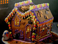 NEW  Halloween 7 Pc Haunted House Gingerbread Cookie Cutter Set Sweet Creations