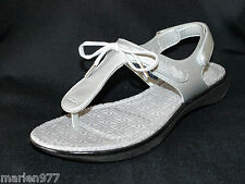 Rockport Women's Aislyn Bow Tie Thong Sandal Silver