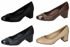 Ladies Mid Heeled Court Shoes F9990