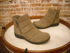 Clarks Tan Suede Chris Sway Water Resistant Ankle Boots NEW