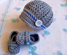 New handmade crochet baby hat and booties (0-3 months, 3-6 months)