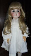 VERY PRETTY 23 INCH A M MOLD QUEEN LOUISE MOLD 100