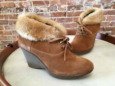 B Makowsky Nellie Tan Suede Oxford Wedge Boot Booties New