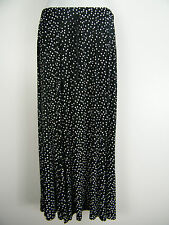 FAB STRETCHY POLKA DOT DESIGN SKIRT SIZE 12 14 16 18 20 22 24 26