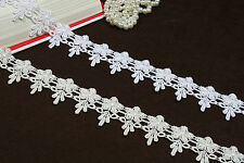 Unotrim 1.75 inches Ivory and White Venice Lace Trim By Yardage