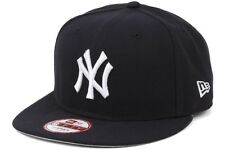 New Era Baycik Snap MLB Team New York Yankees Mens Navy White Snapback Cap
