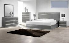 Gray Lacquer Leon Modern 4 pc Bedroom set in Queen Cal king Est king size bed