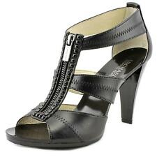 Michael Michael Kors Berkley T Strap   Open Toe Leather  Sandals NWOB
