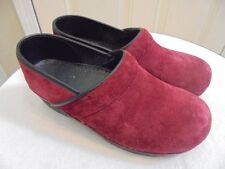 SANITA PROFESSIONAL Raspberry Suede Leather Staple Clogs Slip On Shoes 40 9.5 10
