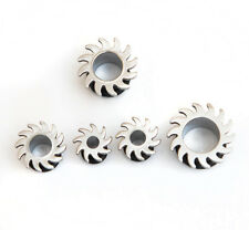 Surgical steel ear tunnel plug blade with rubber O ring