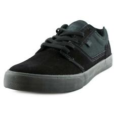DC Shoes Tonik   Round Toe Suede  Skate Shoe