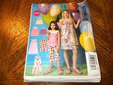 Easy McCall's Pattern M7148 Girls Pullover Dresses~Tops & Pull-On Capris~Shorts